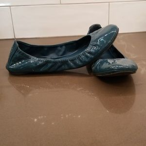 Tory Burch dark teal patent leather 9.5M flats